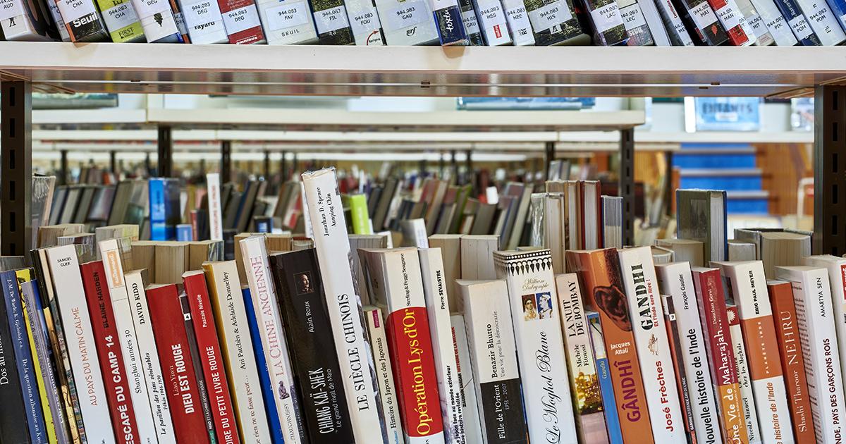 Vente De Livres Declasses A La Bibliotheque Dax